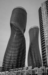 marilyn-monroe-towers-absolute-world-condominiums-mississauga-ontario-02.jpg